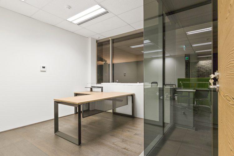 Office2-02