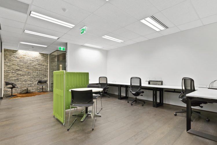 Office3-03