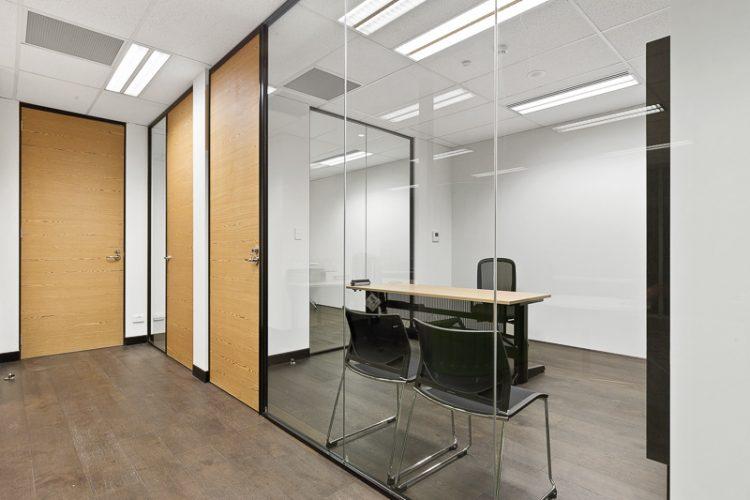 Office4-03