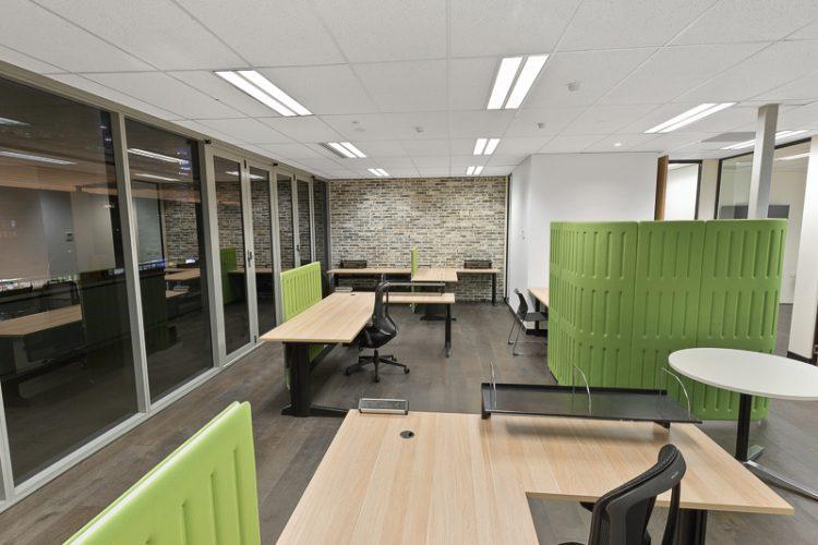 Office9-03