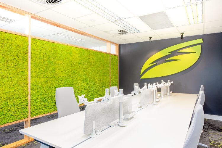 Image of conference table in Thermarate